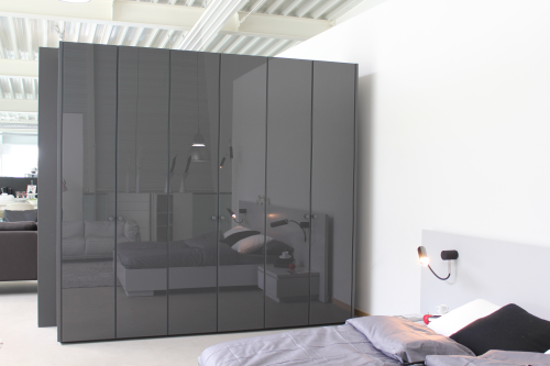 kleiderschrank designpreis. Black Bedroom Furniture Sets. Home Design Ideas
